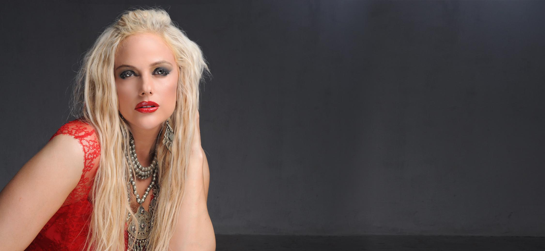 American Pop Singer Performance In Pakistan